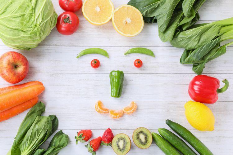 新鮮な野菜で作られた顔