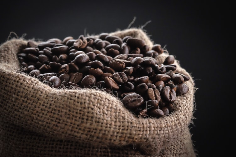 有機栽培コーヒーとは? 普通のコーヒーとどこが違うの?|おすすめの商品を紹介!