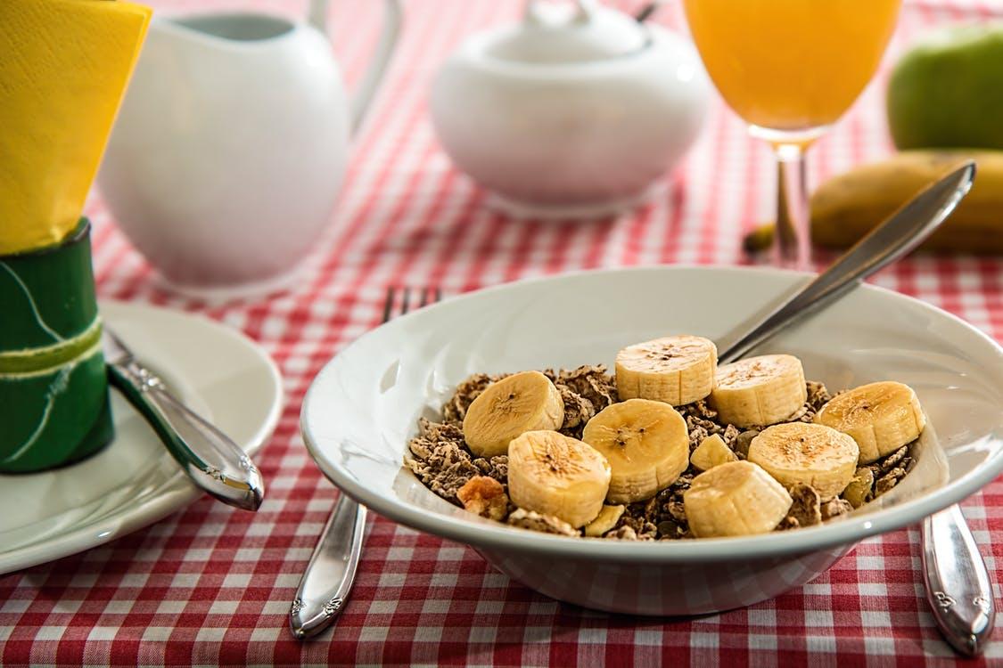 バナナメインの朝食