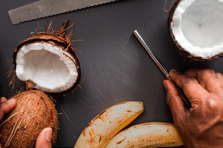 オーガニックのココナッツオイル