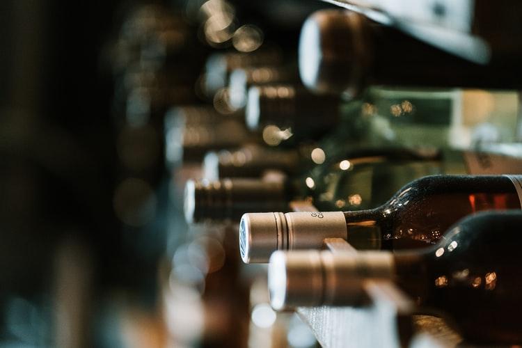 瓶に入ったヴィーガン用のワイン