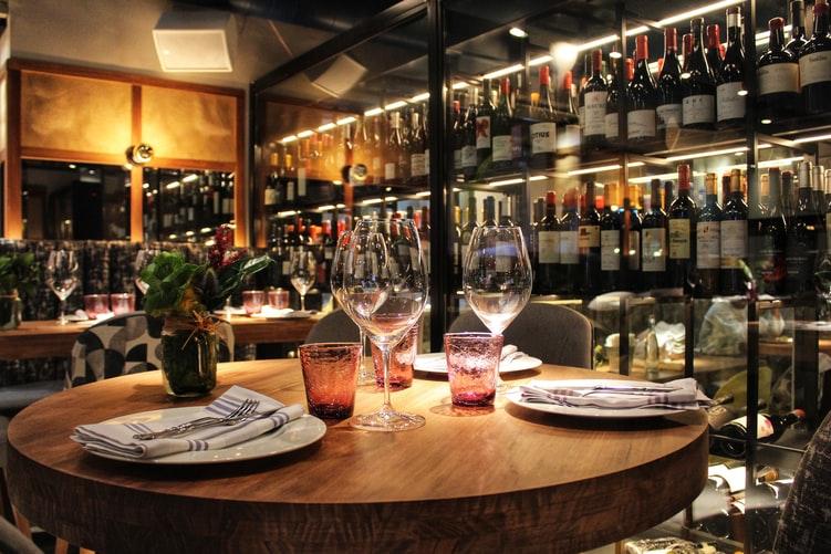様々なヴィーガン用のワイン
