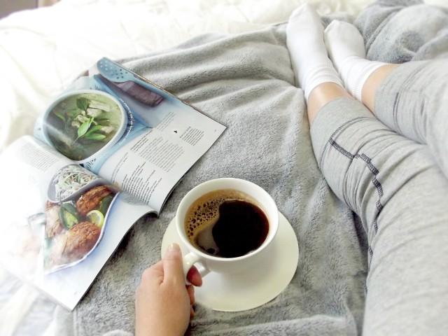 ヴィーガンの本とコーヒー