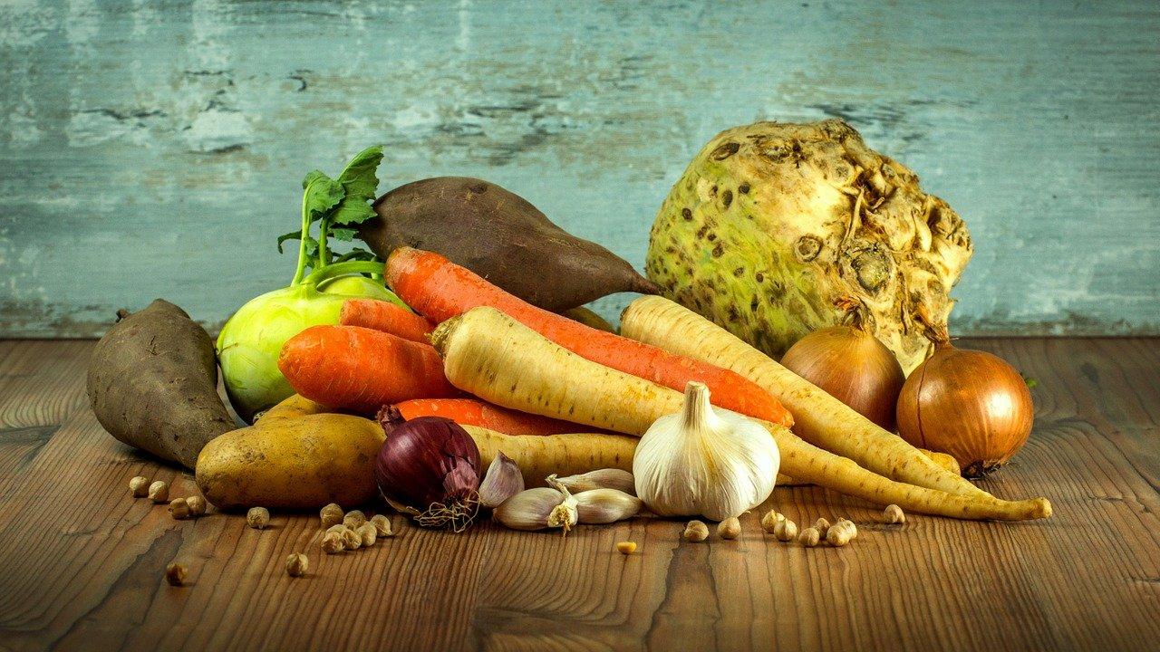 宅配される為に収穫されたオーガニックの野菜