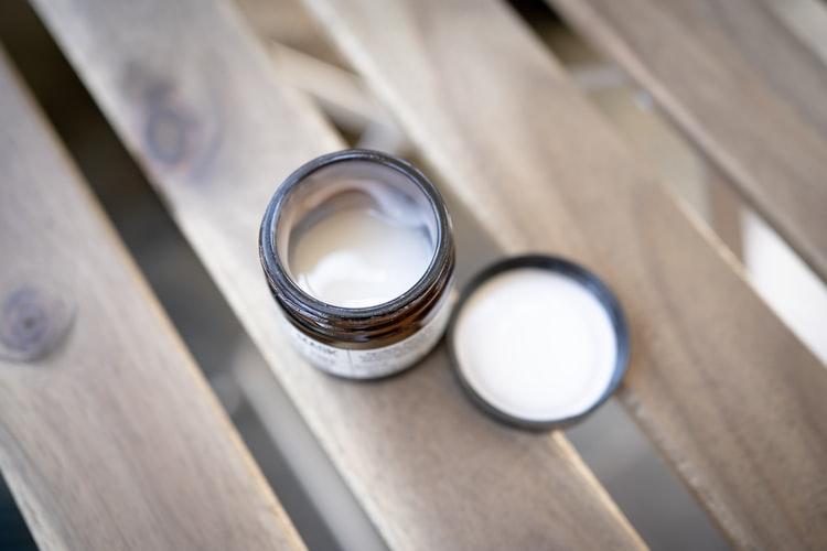 オーガニックの美白クリーム
