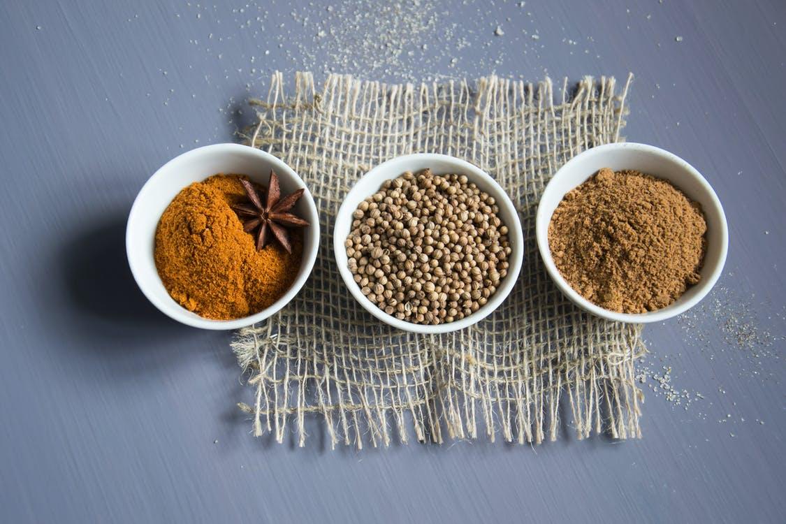 オーガニックのカレー粉の3種類