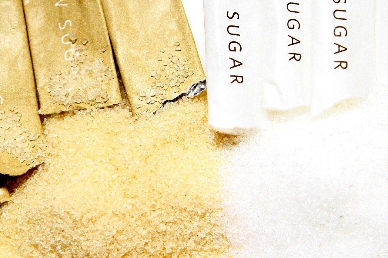 ブラウンシュガーと白い砂糖