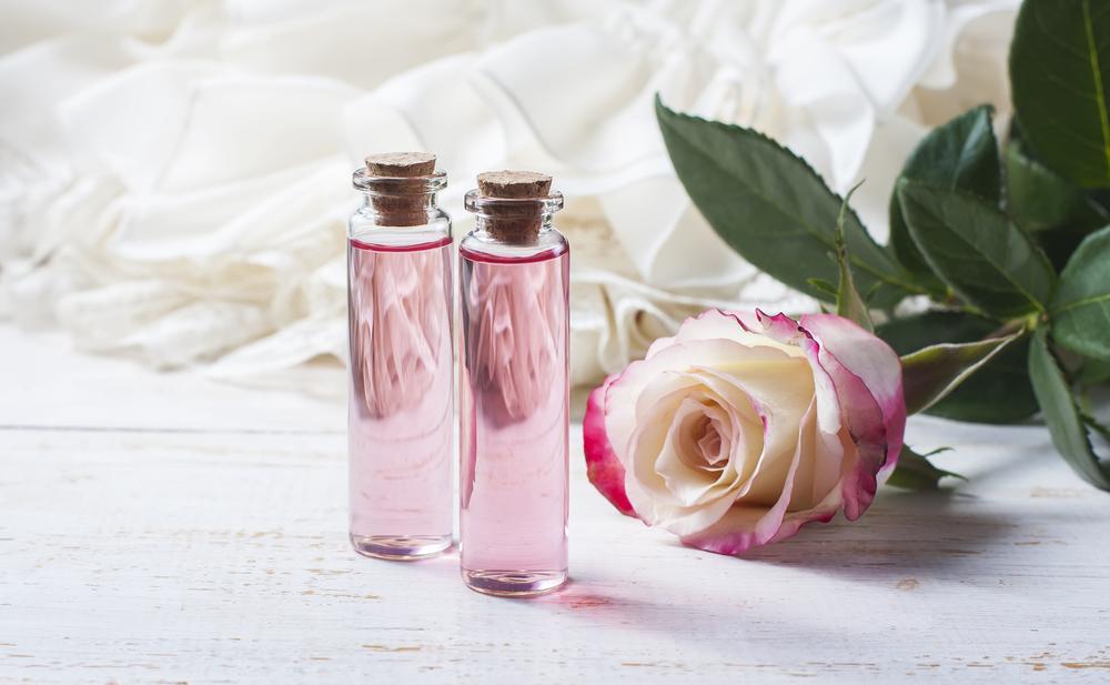 ローズオイルとバラ